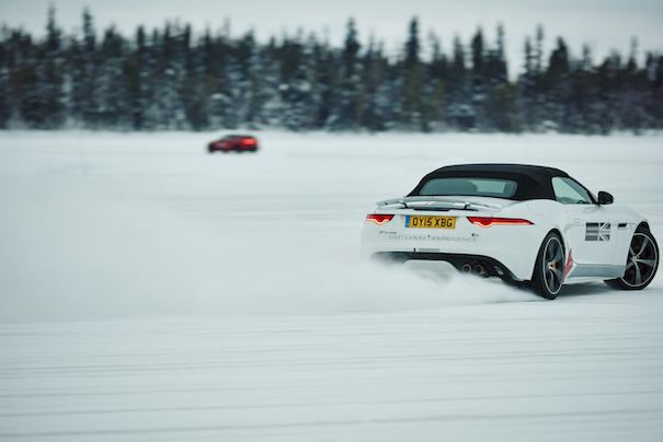 jaguar_landrover_ice-drive-academy2