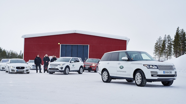 jaguar_landrover_ice-drive-academy4
